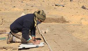 Rizwan planning brickwork of building D12.5