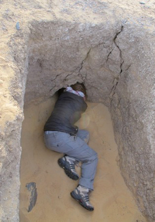 """The """"Howard Carter moment"""": First peak into the chamber(s) of Grave 244"""