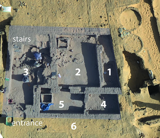 House D12.6 under excavation, with room numbers. North at top.