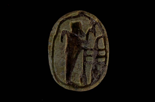 Glazed scarab with depiction of the god Ptah, from area E13.17