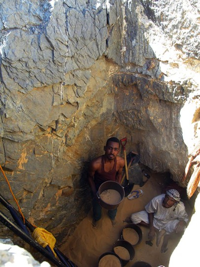 Excavating the shaft of pyramid tomb