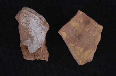 Sherds with pigment